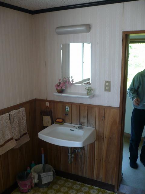 ④手洗い場 施工前
