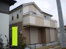 【福岡市】建物全体を濃淡のベージュ系で貼り分けました。