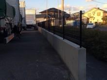 フェンス設置完了 (2)