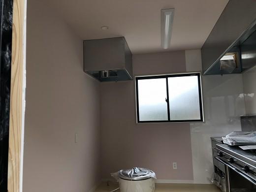 H6厨房機器搬入 (1)