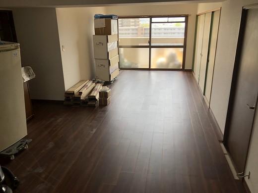 7床貼り完了 (2)