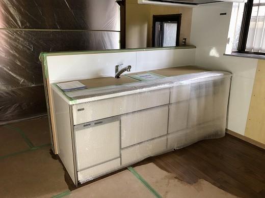 4キッチン設置 (1)