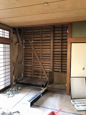 1階 和室解体中