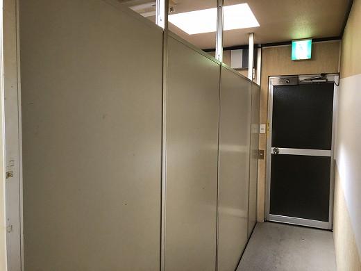 3モニター室 (2)