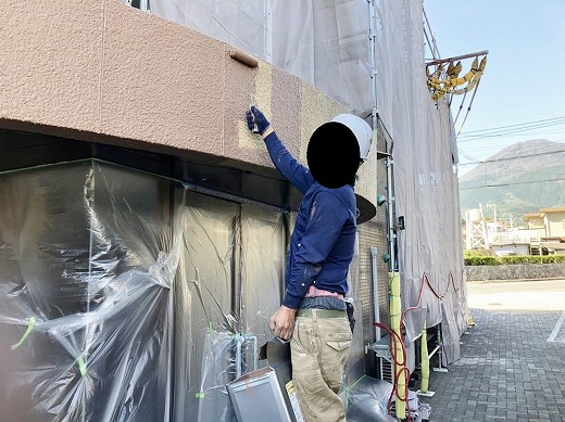 外壁塗装施工中 (31)