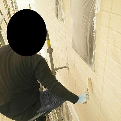 外壁塗装中 (2)