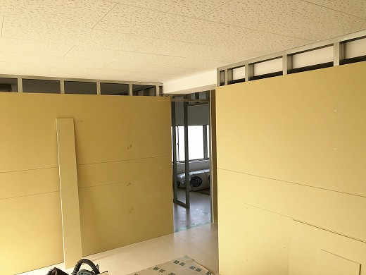4 2階遮音壁施工状況 (1)