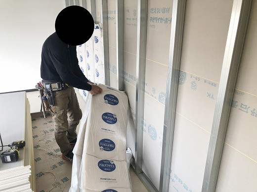 4 2階遮音壁施工状況 (2)