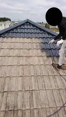屋根塗装中 (15)